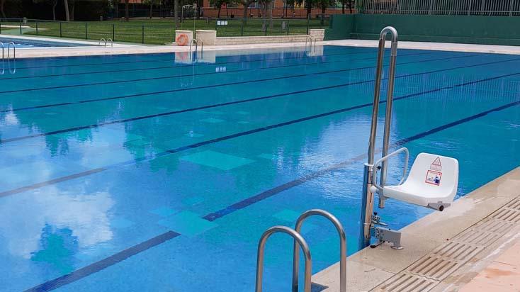 Elevador hidráulico para piscina